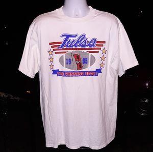 Vintage 95' Tulsa HurricanesT shirt size XL